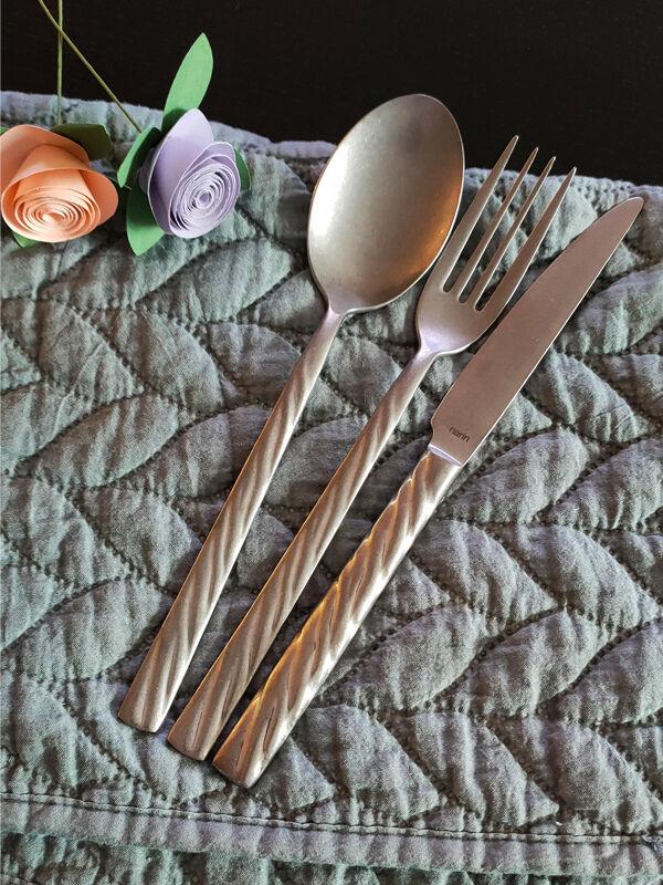 - Vega - Retro - Yemek Bıçak ( 6 Adet )